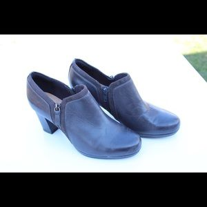 Clarks collection ankle boots